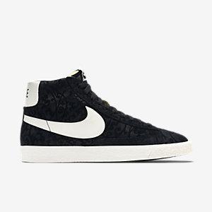 Nike-Blazer-Mid-Premium-Vintage-Mens-Shoe-638261_011_A_PREM