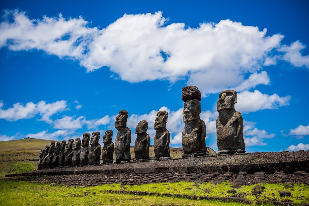 moai-1857652_1920.jpg