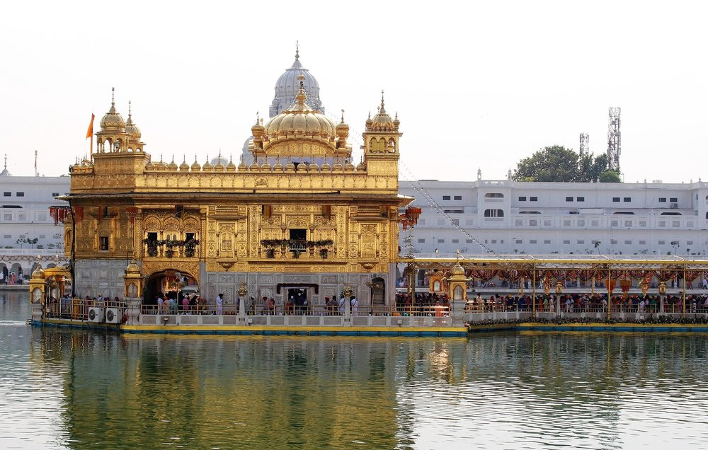golden-temple-1833064_1920.jpg