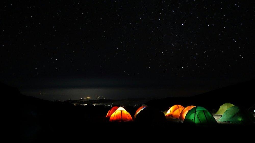 kilimanjaro-1536827_1920.jpg