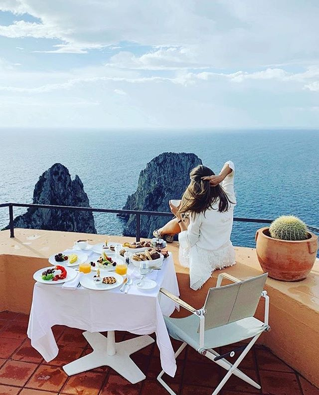 Italy definitely earns a spot amongst the top countries with the best cuisine! 🍝 🍷 🧀 🥖 What is your go-to meal when you are craving delicious Italian food? 📷: @voyage_provocateur 📌: Capri, Italy . . . . . #bpmag @wilderness_culture #tlpicks #awesomeearth #aroundtheworldpix #viaparadise @paradise #beautifuldestinations #wanderout #whatchthisinstagood #wonderful_places #tourtheplanet #earthofficial @fantastic.colours #travelawesome #alphacollective #discoverglobe @earthpix #fantastic_earth #places_wow #wonderful_places @livingonearth #earthfocus @wonderful_places #awesome_globepix #bestvacations @awesome.photographers #awesome_photographers #awesome_earthpix #ourplanetdaily #travelfervor @discoverearth @nakedplanet #passionpassport