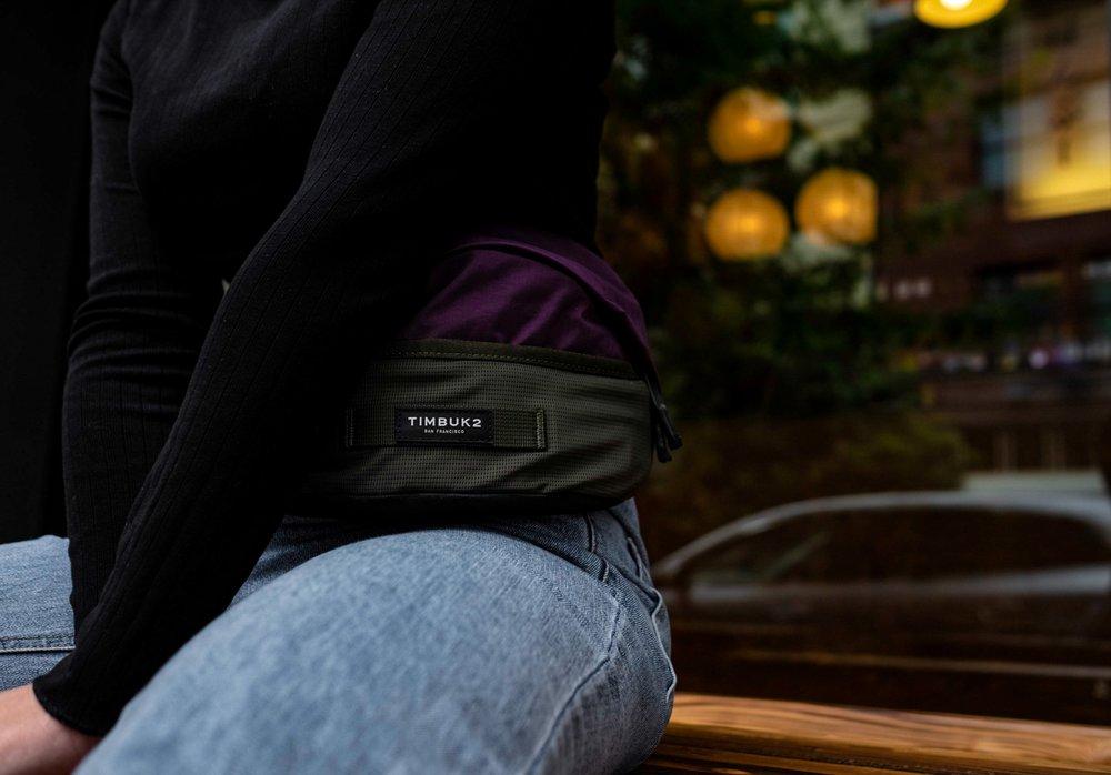 bag-blue-jeans-fanny-pack-1510621.jpg
