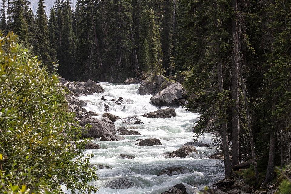 maligne-river-1485060_960_720.jpg