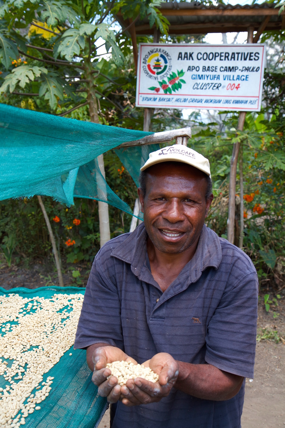 Gimitufa village chef in jpeg.jpg