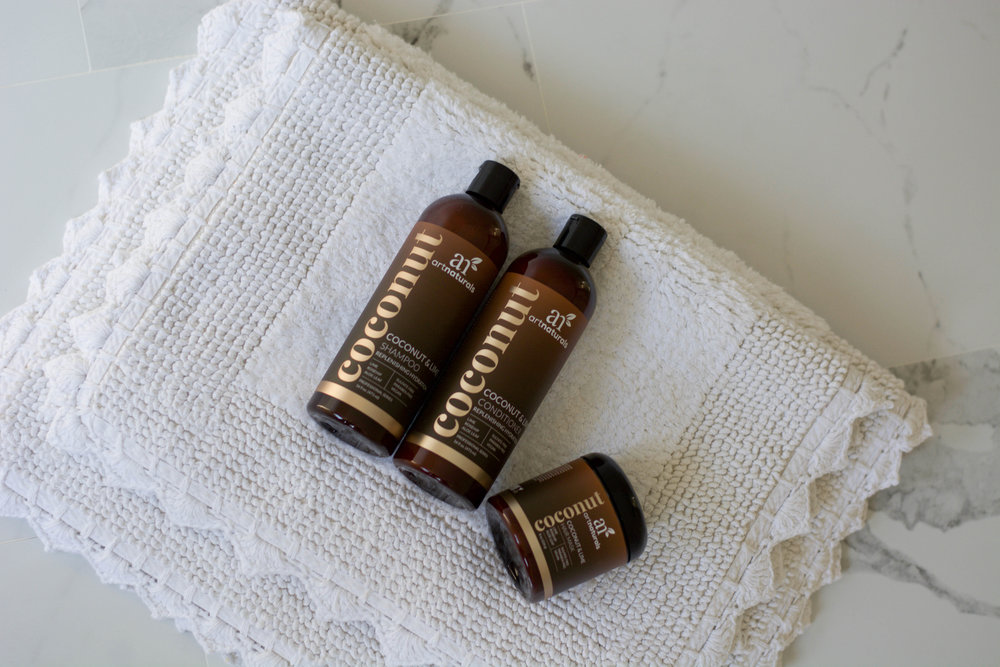 Whether you have dry skin from your summer traveling, or are looking to add some much needed hydration to your everyday routine, check out their site. Leave a review in the comments below and don't forget to check out our Instagram giveaway!