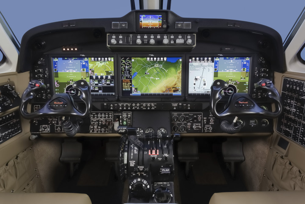 King_Air_Fusion_Cockpit1-__.jpeg