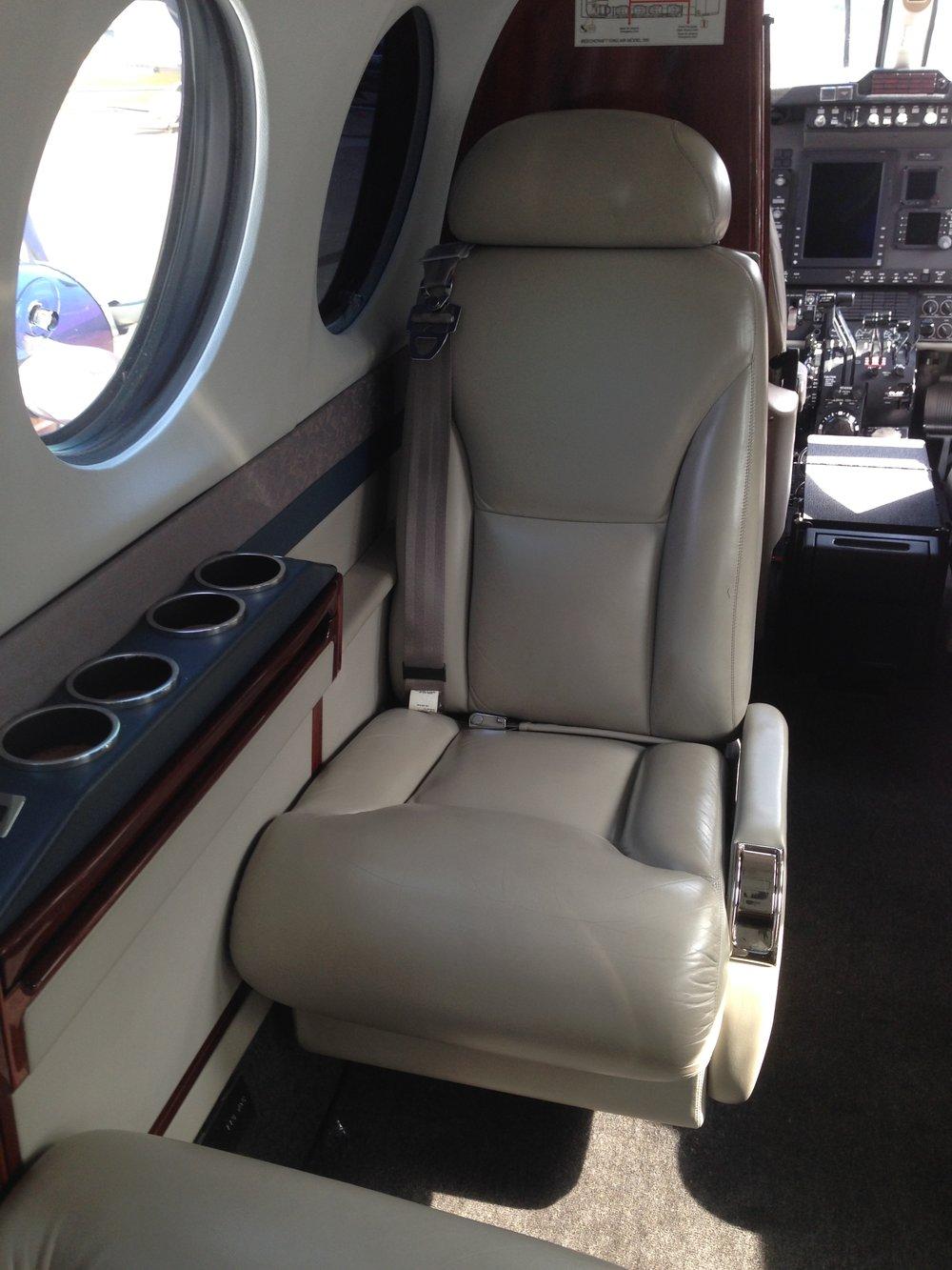 FL-582 (07-15) Fwd Seat.jpg