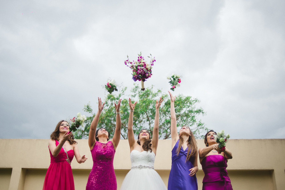 fotografo de bodas mexico - bridal party bridesmaids wedding photographer