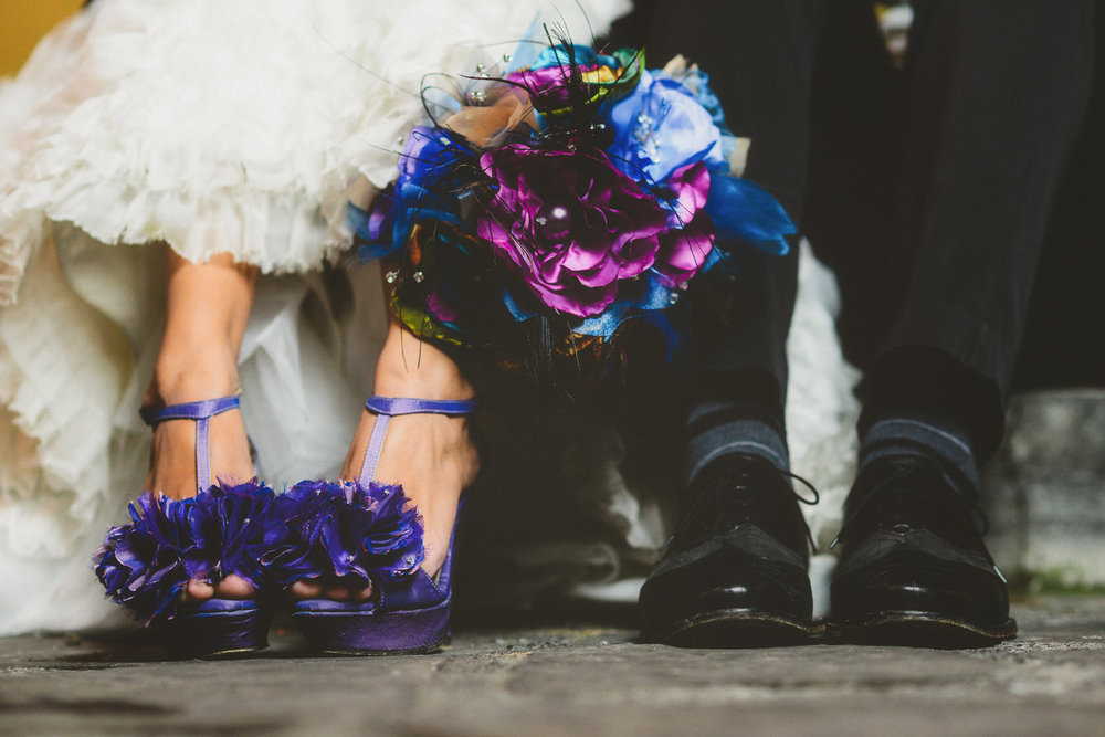 fotografo de bodas mexico - hipster wedding shoes photographer