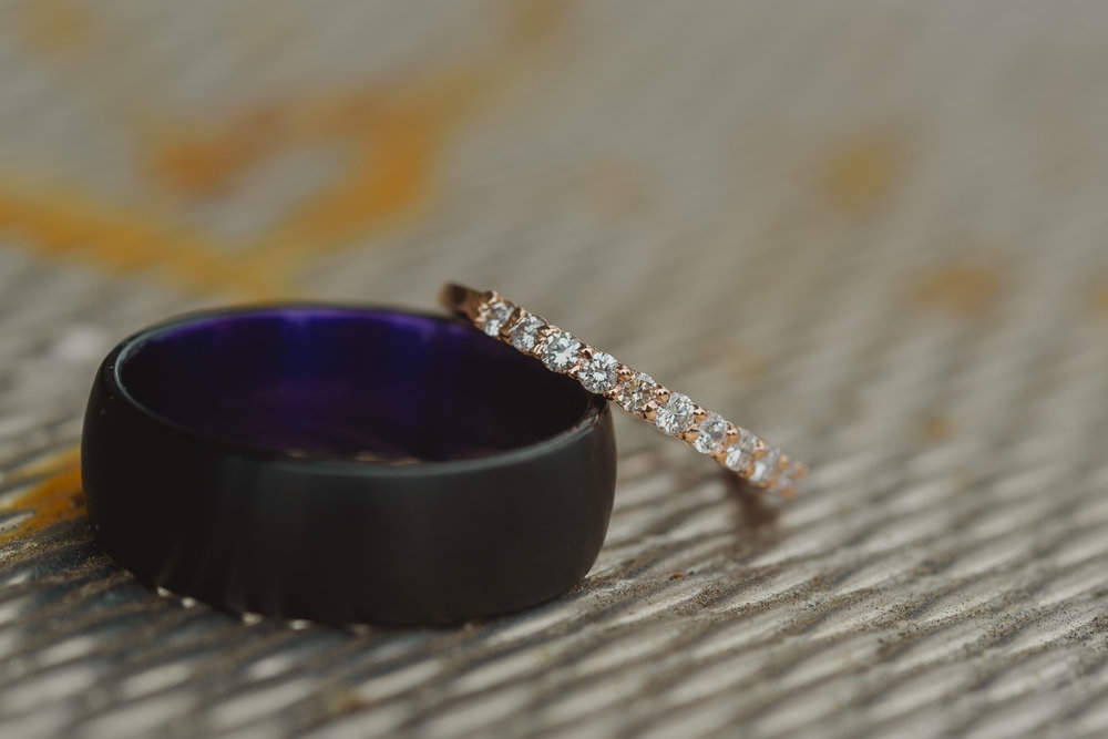 wedding rings shot photography