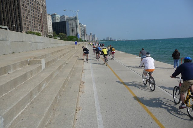 Lakeshore_Trail_Chicago.jpg