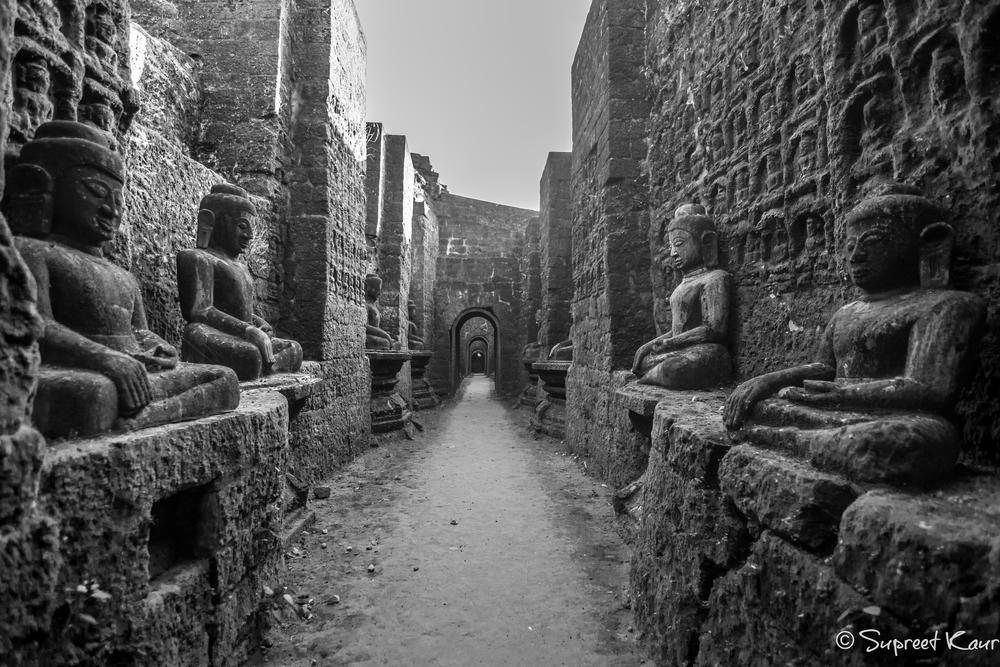 Koe Thaung Temple