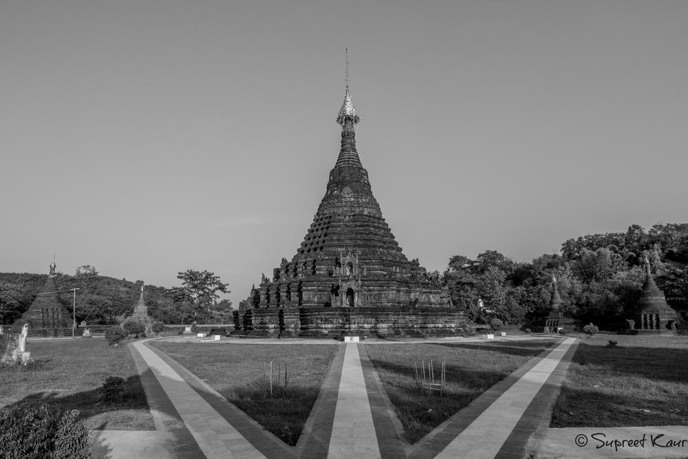 Sakya Manaung Pagoda