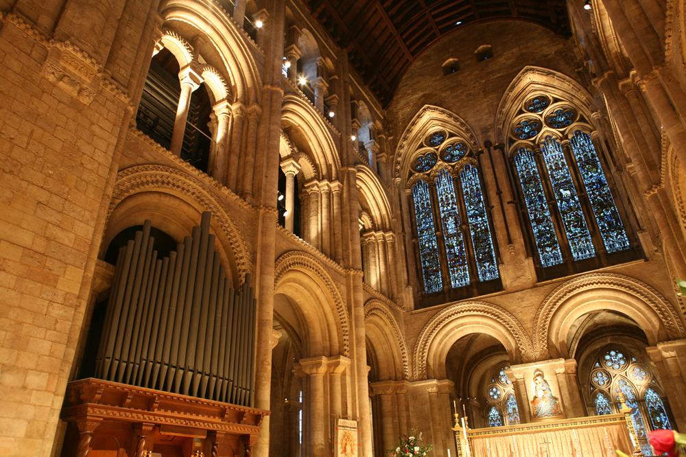 Romsey Abbey 6.jpg