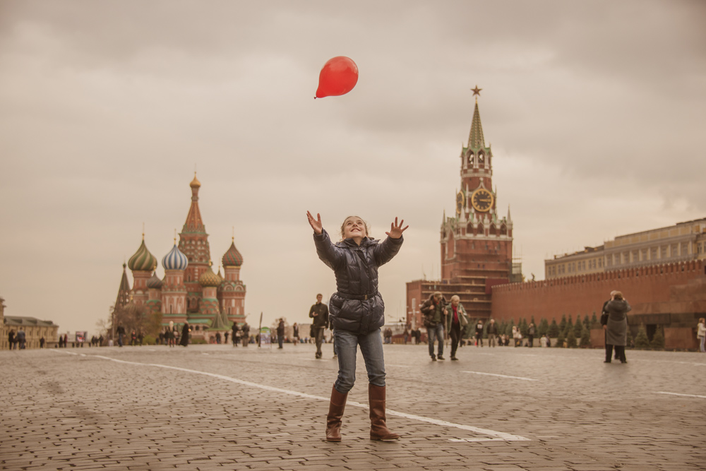 Red Balloon on Red Square