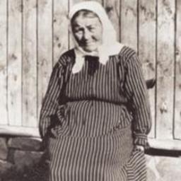 Bestemor Matja på setra i 1923