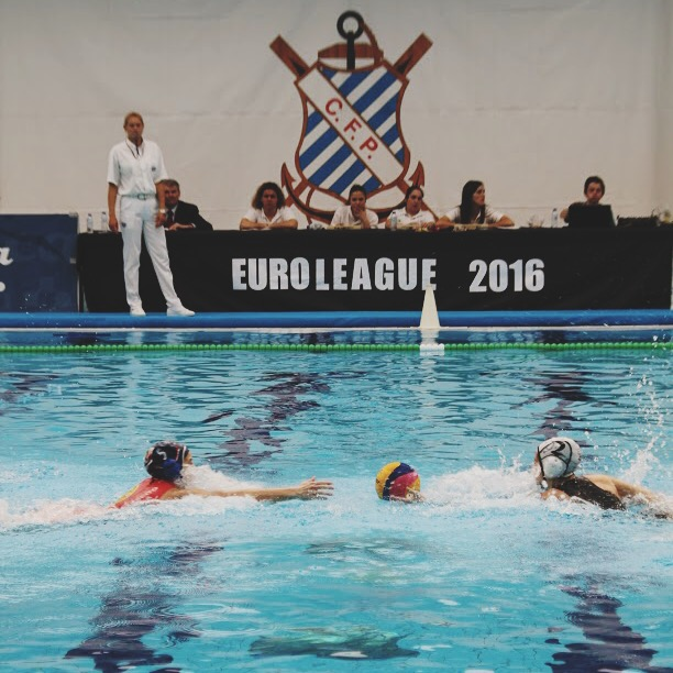 Lex wins the swim up vs Padova.JPG