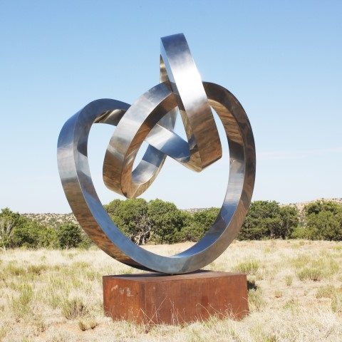 Gino Miles, Forever, Stainless Steel, Image Courtesy of Long-Sharp Gallery.