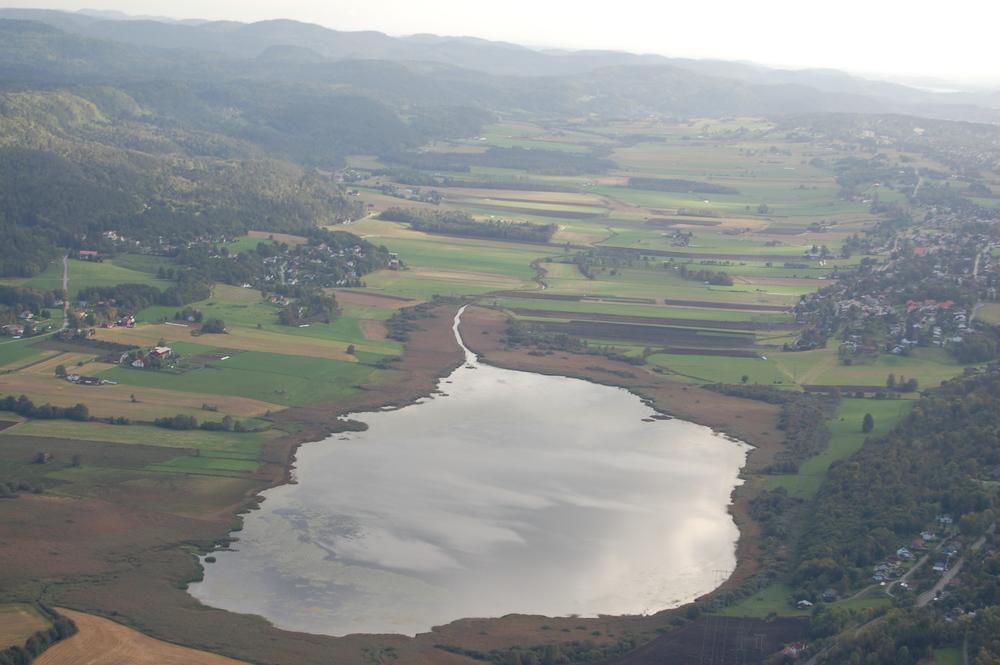 Børsesjø er eneste innsjø i området og vernet som naturreservat