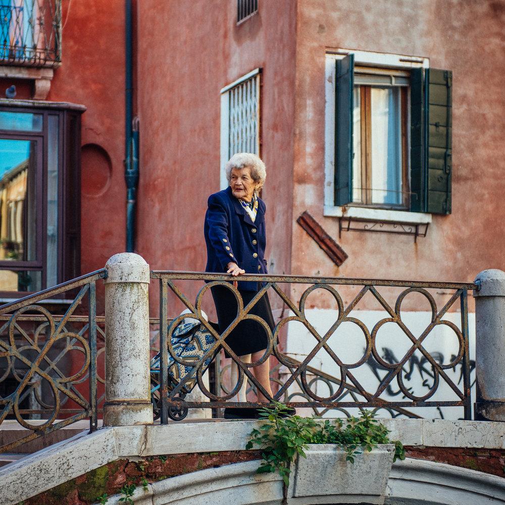 Venice_lady.jpg
