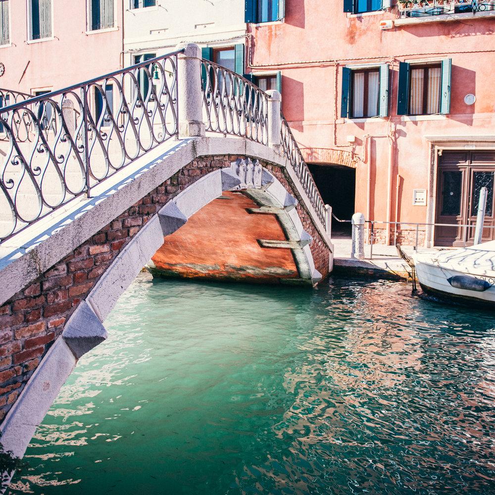 Venice_bridge.jpg