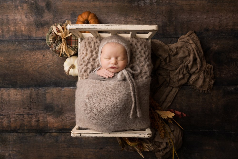 Newborn-Session-Austin-Jessica-Doffing-Photography_0001.jpg