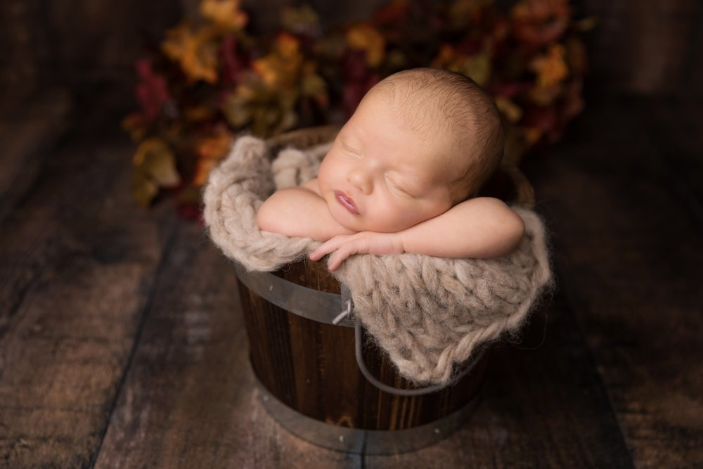 Newborn-Session-Austin-Jessica-Doffing-Photography_0012.jpg
