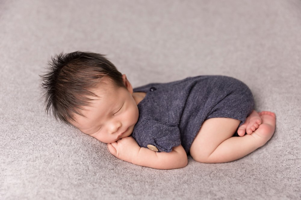Newborn-Studio-Session-Jessica-Doffing-Photography_0002.jpg