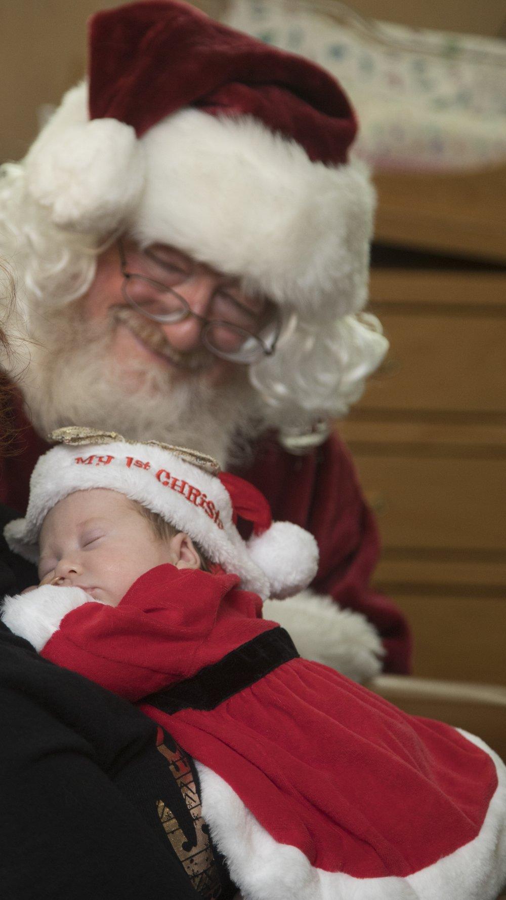 Santa visits the NICU
