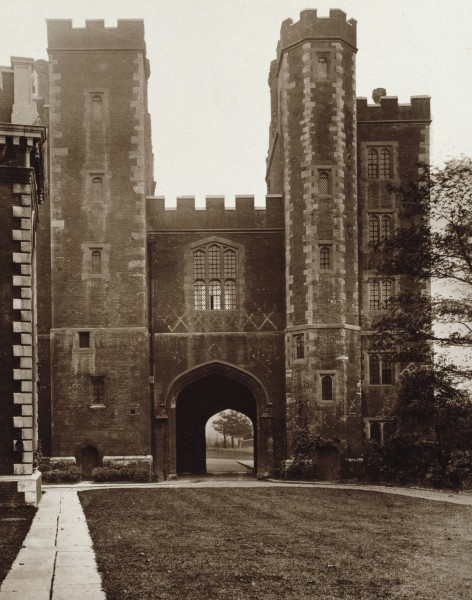 73: Lambeth Palace - Gate-House