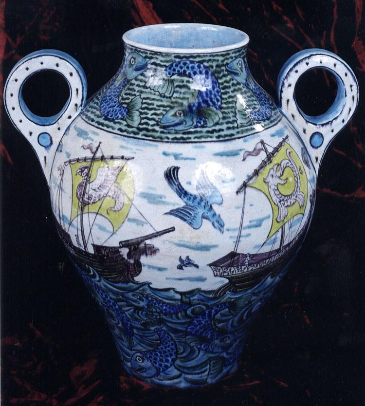 14 - De Morgan Vase.jpg