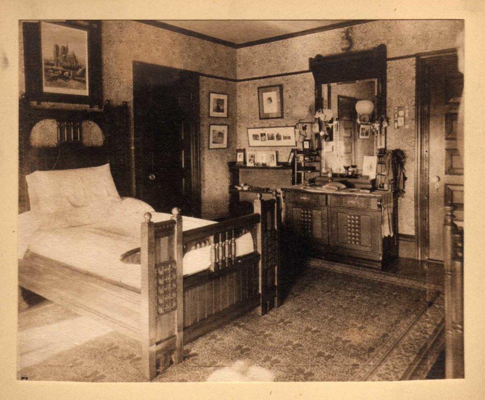 George's bedroom 1888.jpg