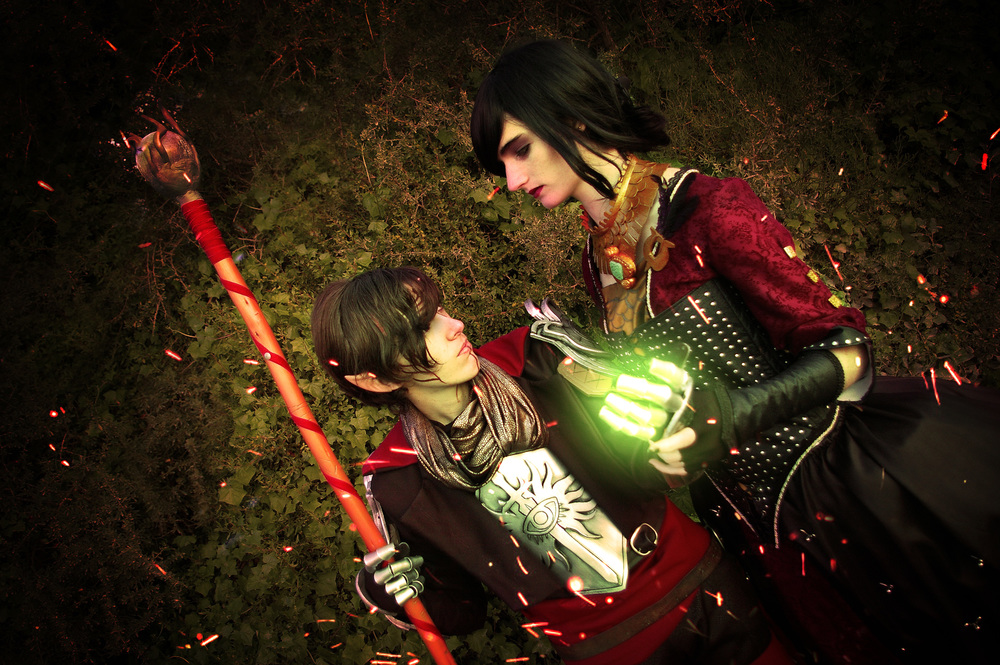 NakashiOroshu  is The Inquisitor - SaiyuuSama Cosplay is Morrigan | Photo by Niji Cosplay