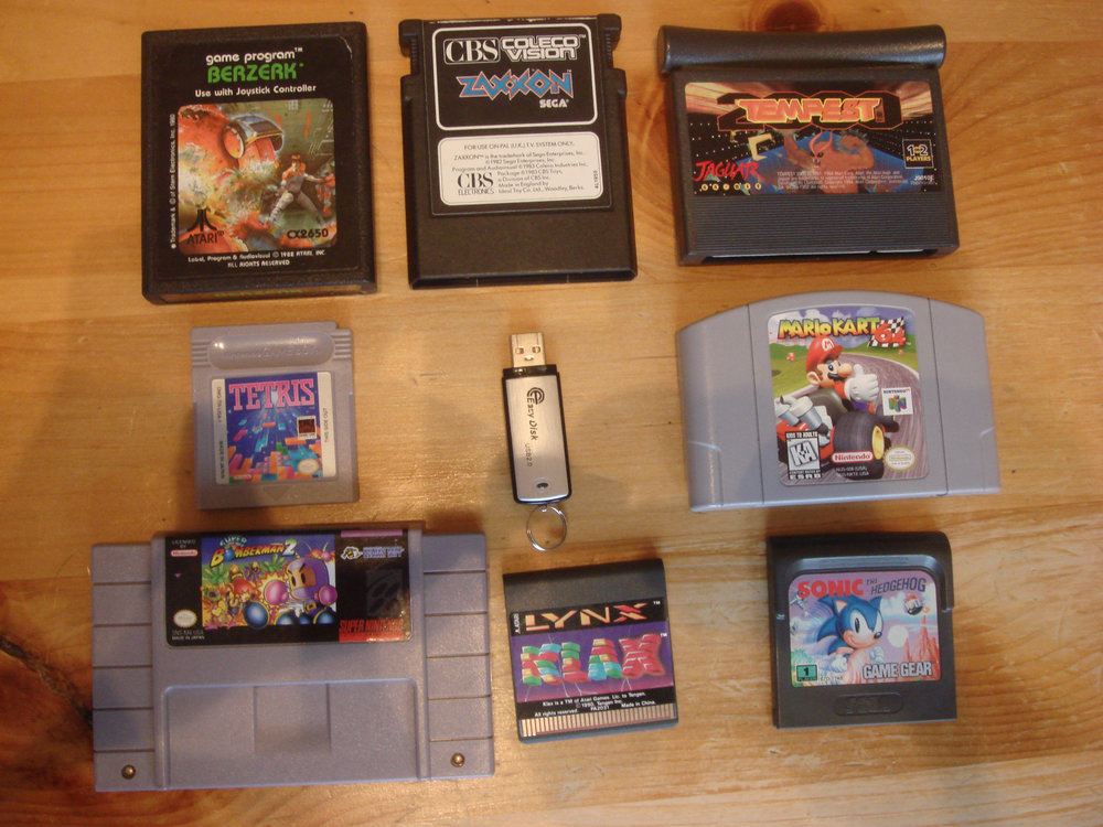 Rom_cartridges_original.jpg