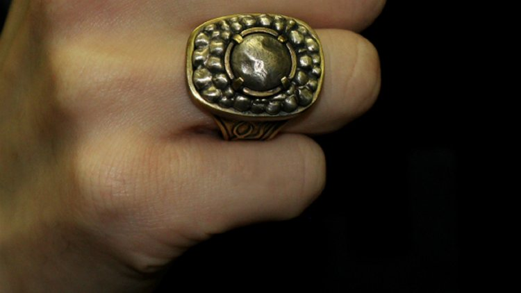 787bb23b501d41 ... You Can Own Havel s And The Silvercat s Ring From DARK SOULS