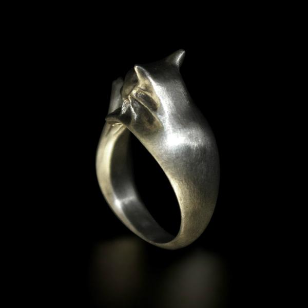 silvercat2.jpg