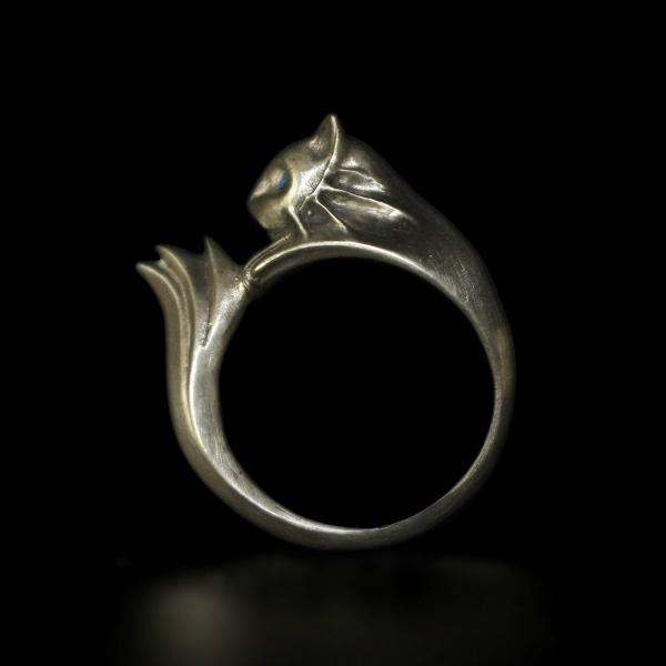 silvercat3.jpg