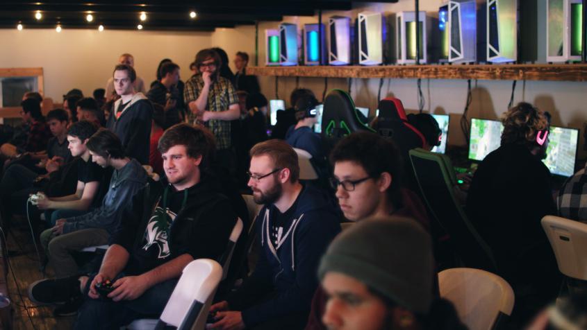 gaming center2.jpg
