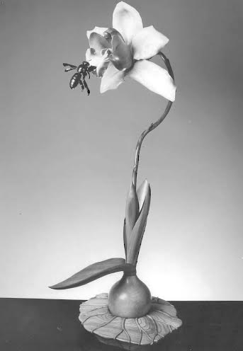 Bee and orchid sculpture from Martin Pierce