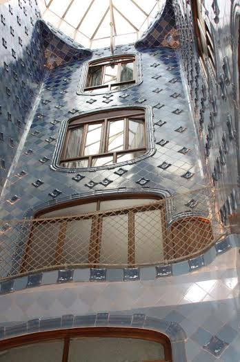 Casa Battlo photo by Martin Pierce Hardware