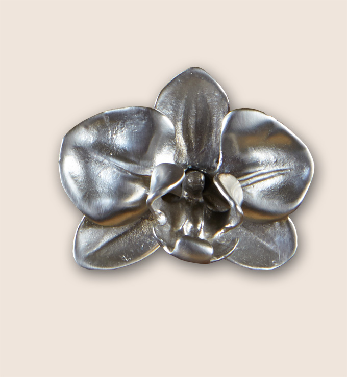 Orchid cabinet knob from Martin Pierce Hardware Los Angeles Ca  90016