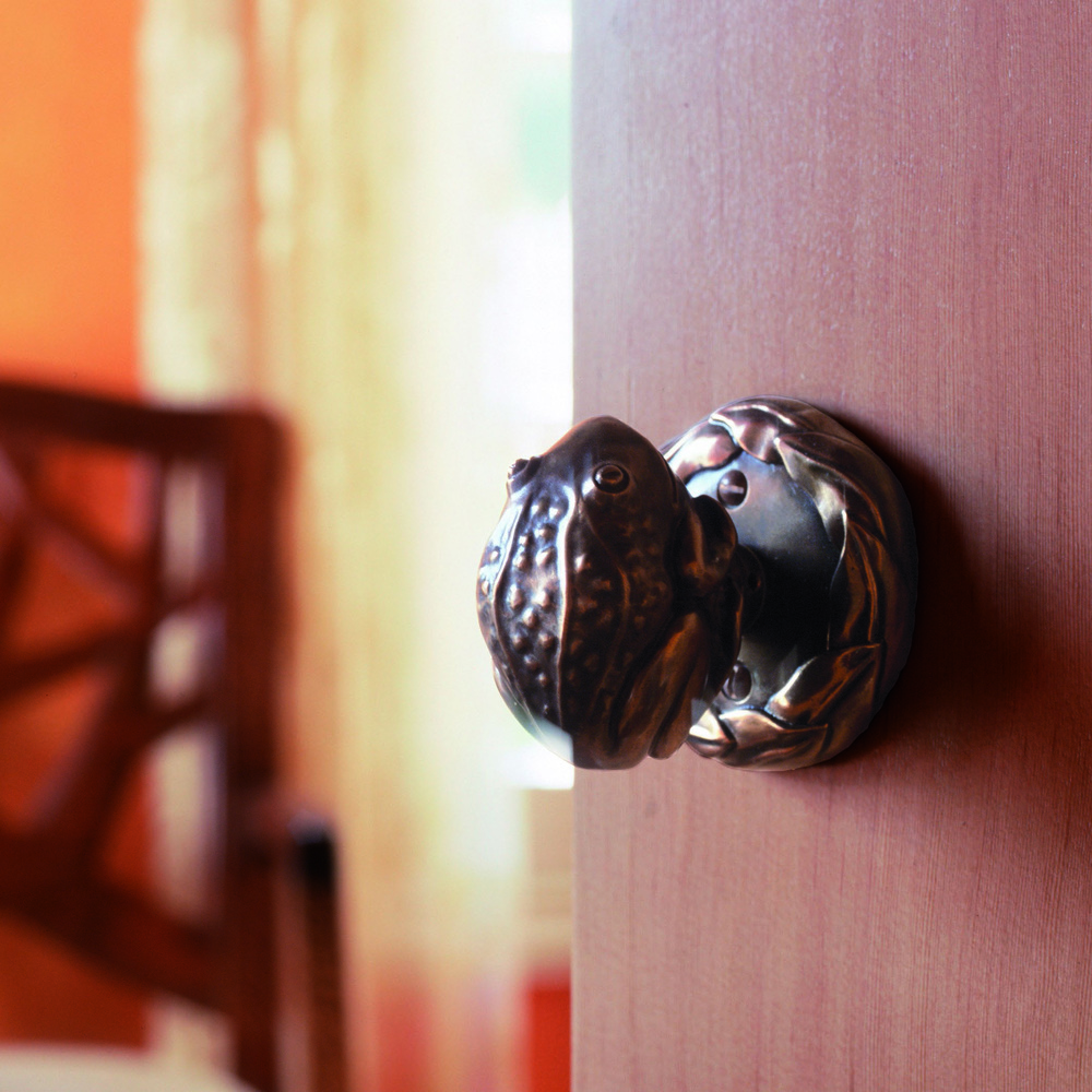 Frog door knob Netsuke collection