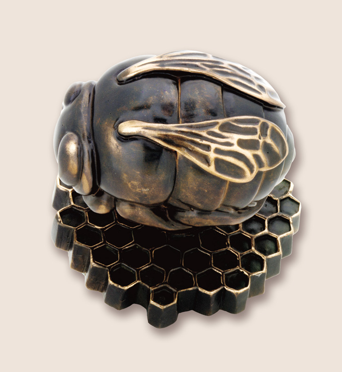 Bronze bee door knob by Martin PIerce Hardware Los Angeles CA  90016  Photo Doug Hill