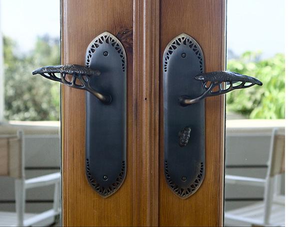 Door Handles Image for Video-v2.jpg