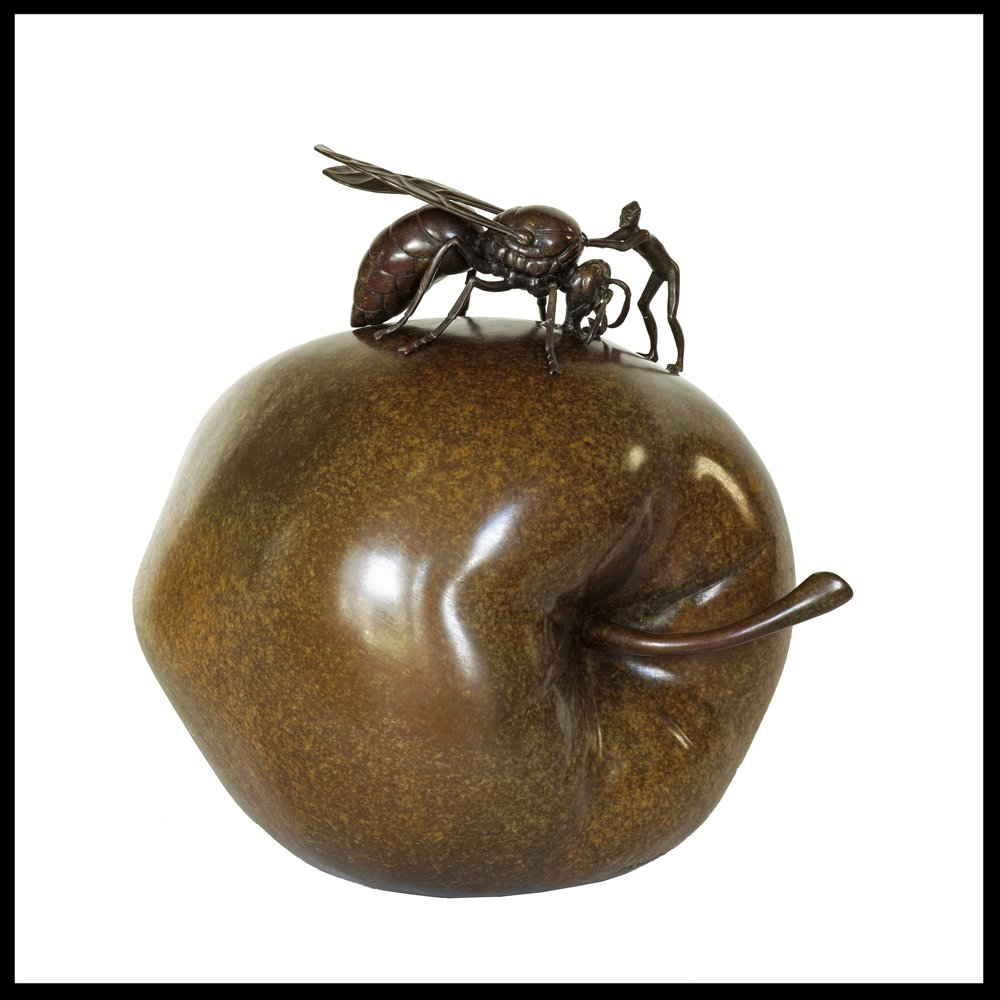 wasp-on-apple-sculpture