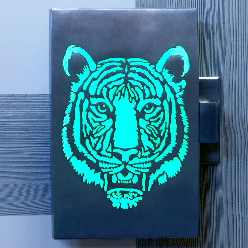 Tiger-blue.jpg