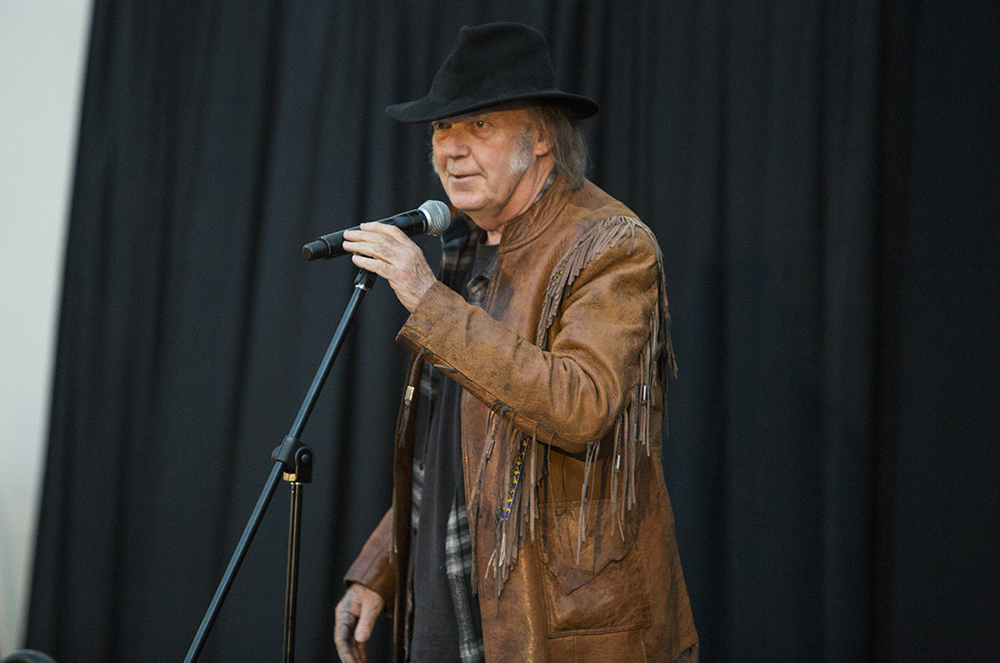Neil-Young-3.jpg