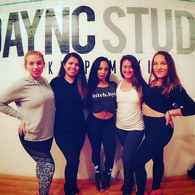 Celebrating ladies night as a team with the one and only queen: @thealiyajanell ❤️🙌✨😍😘 She is such a powerhouse and inspiration - thank you for challenging us ✨ . . . . #teamratch #almaladies #ladiesbachata #aliyajanell #aliyainmilwaukee #dayncstudiomke #dayncstudio #girlsnightout #queensnlettos