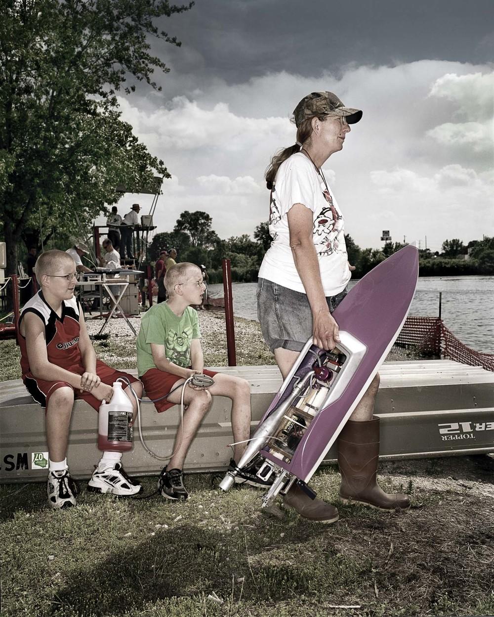 boat racer family_4.jpg