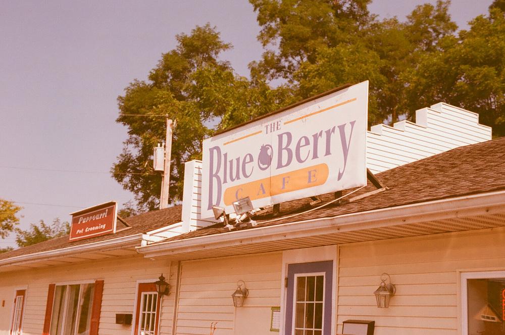 Seattle Film Works Photowalk - Bellbrook, Ohio - The Blueberry Cafe